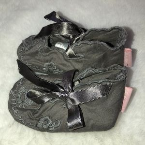 Mexx grey fabric slippers XS (0-3 months)